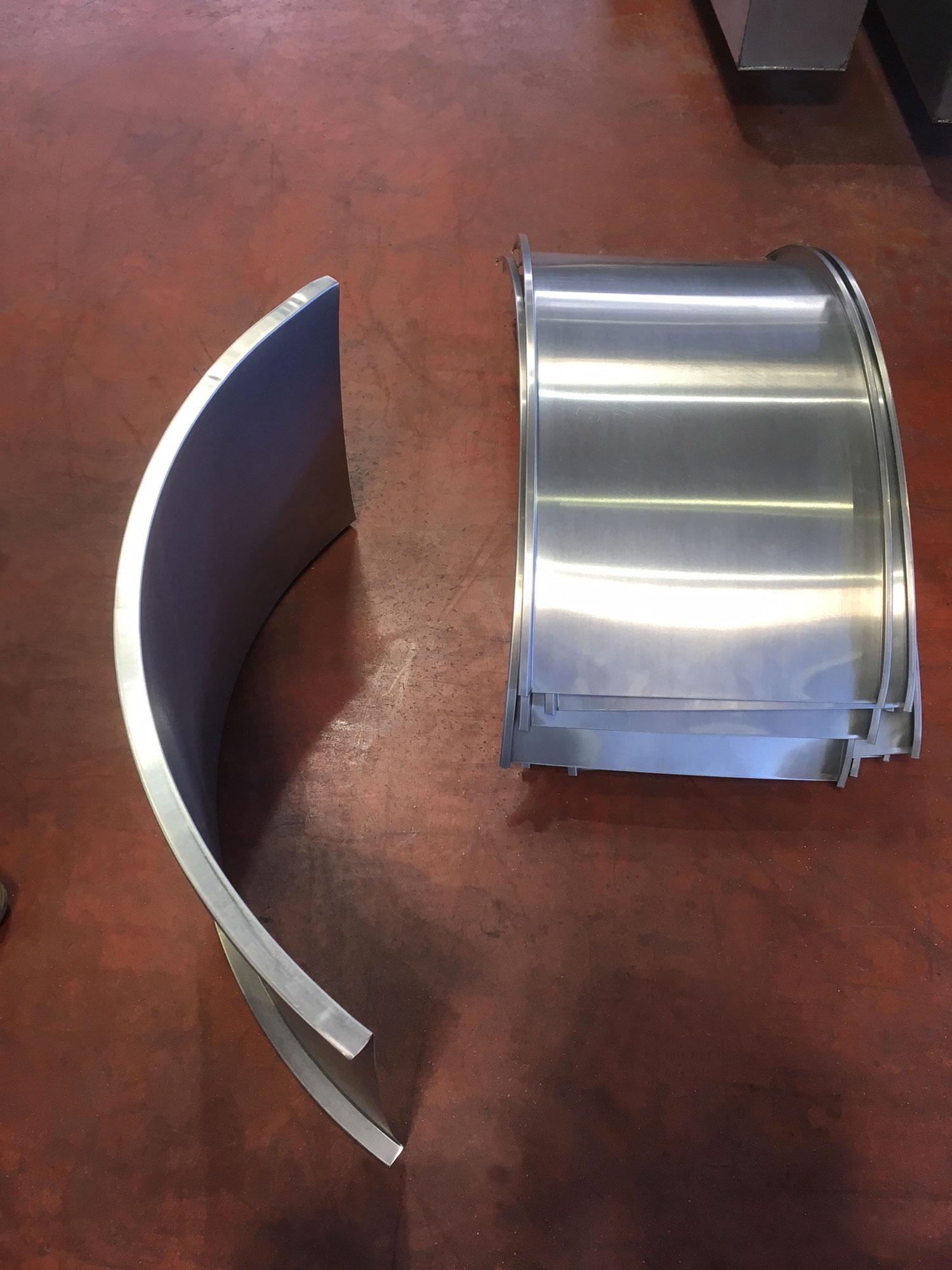 Bac à joint debout en zinc naturel cintré